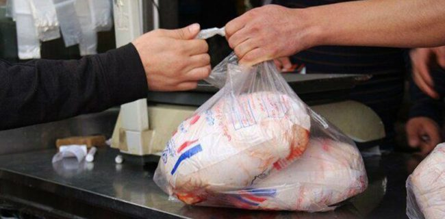قیمت مرغ در خسروشاه دوباره پر کشید!