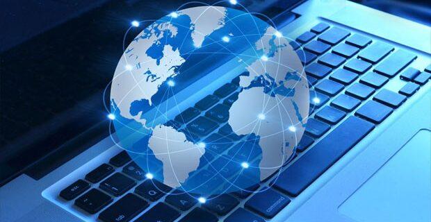 دولت و اپراتورها حق گران کردن اینترنت را ندارند/به دنبال توسعه شبکه ملی ارتباطات هستیم