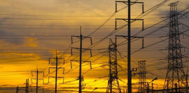 اعلام زمان پرداخت خسارت به مشترکان برق