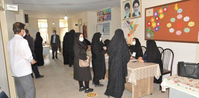 اعلام نتایج انتخابات شوراهای شهر خسروشاه (عکس)